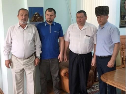 Имамы и муфтий РА и КК с Начальником ОФМС России по Республики Адыгея